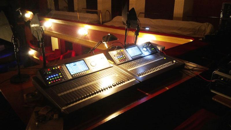 Jokai Theatre Roland M-480