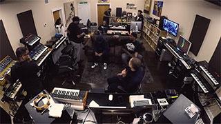 """Der Roland VR-4HD AV-Mixer im einsatz beim """"Chasing Goosebumps""""-Projekt von DJ Jazzy Jeff"""