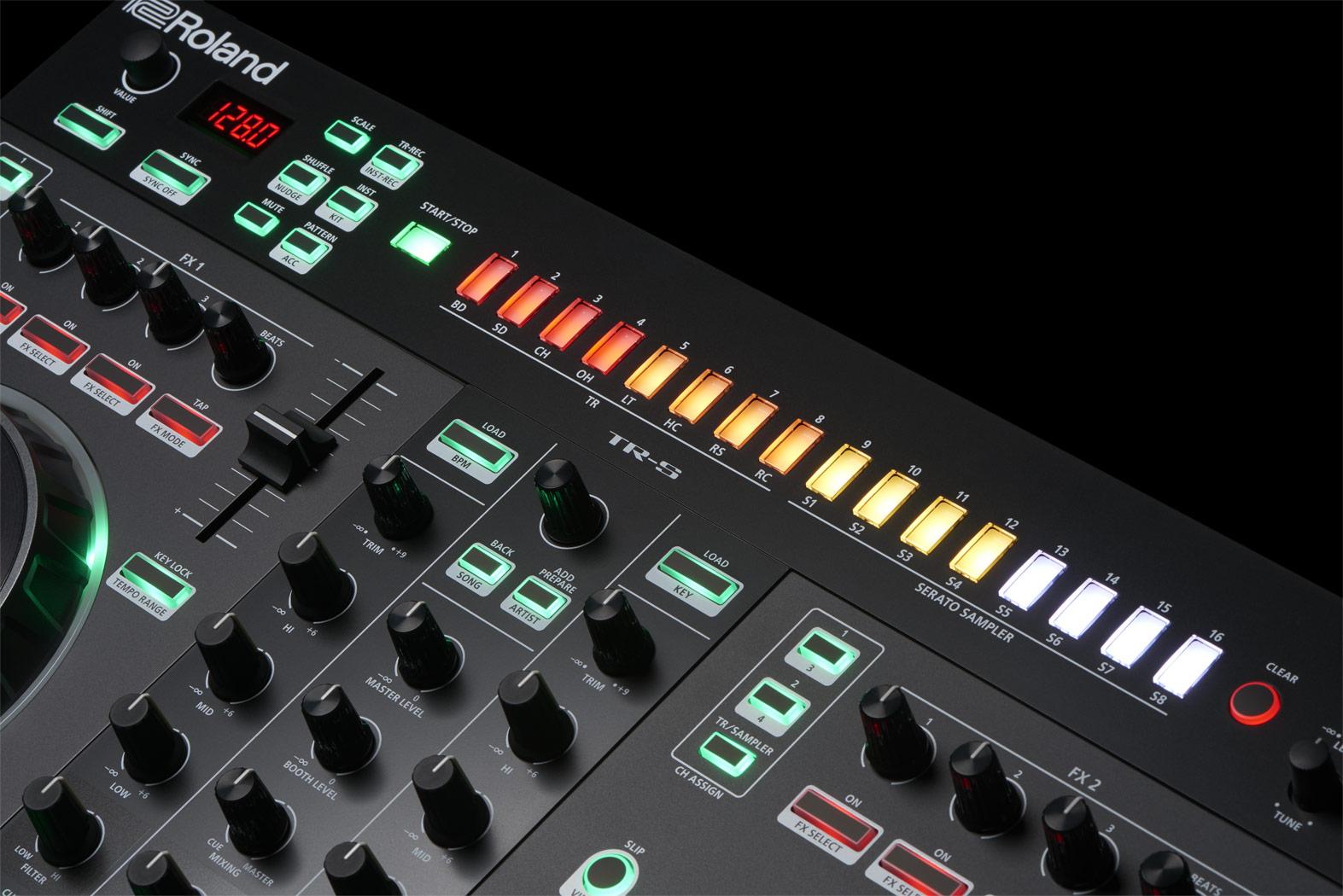 Roland - DJ-505   DJ Controller