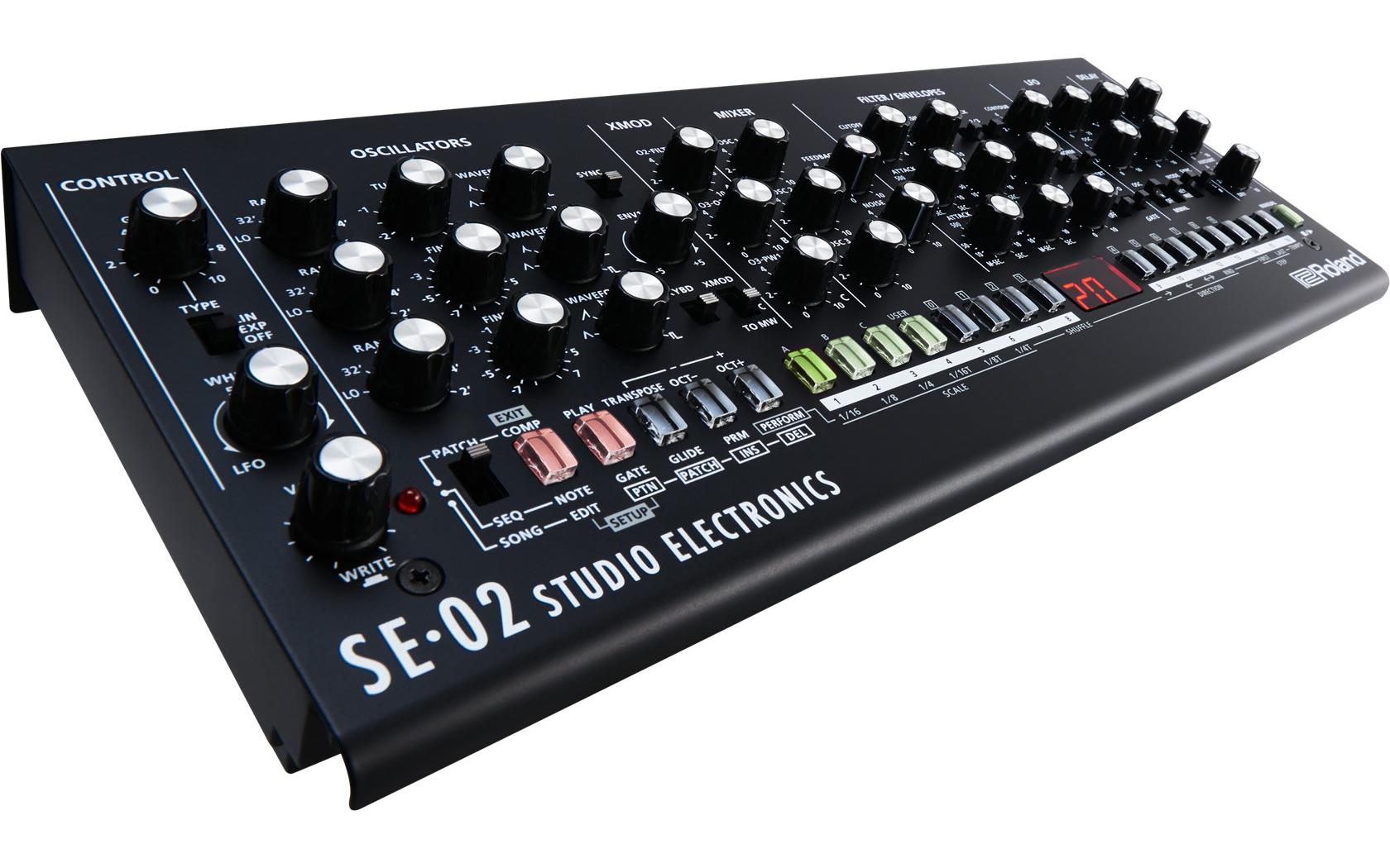 Roland - SE-02 | Analog Synthesizer