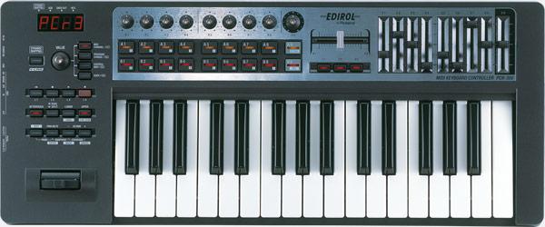 Roland - PCR-300 | USB MIDI Keyboard Controller