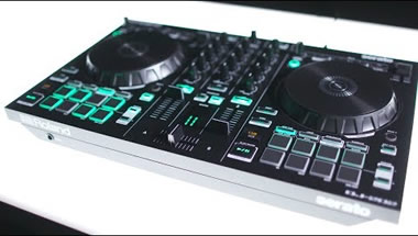 DJ-202 DJ Controller for Serato DJ Intro