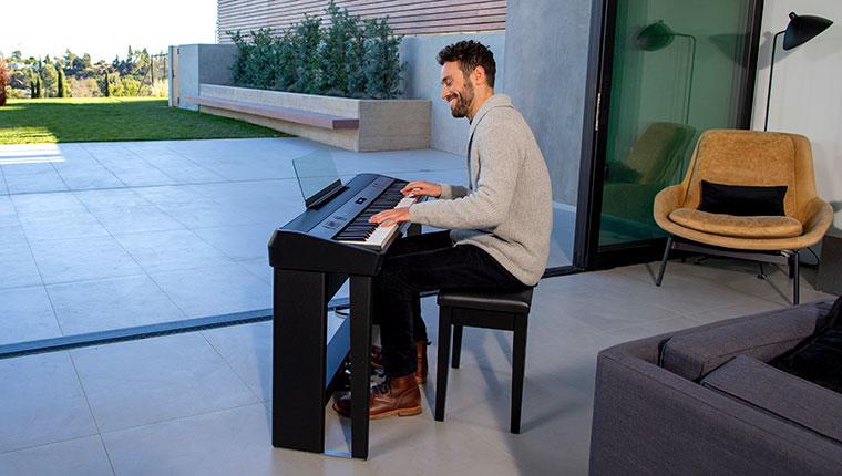 Performance no Piano Digital Roland FP-90X