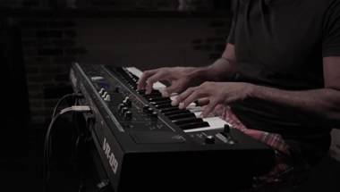 VR-09-B Vintage Electric Piano Sound Preview