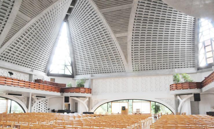 歴史ある日本最大級の教会で音響システムを担うV-Mixing System