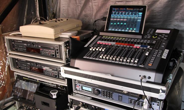 イベントやライブのPAにM-200iを採用