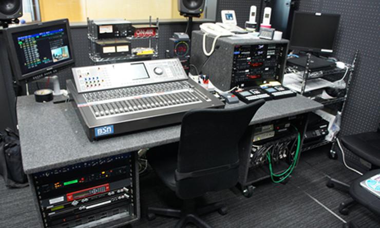 新潟放送メディアシップスタジオのV-Mixing System