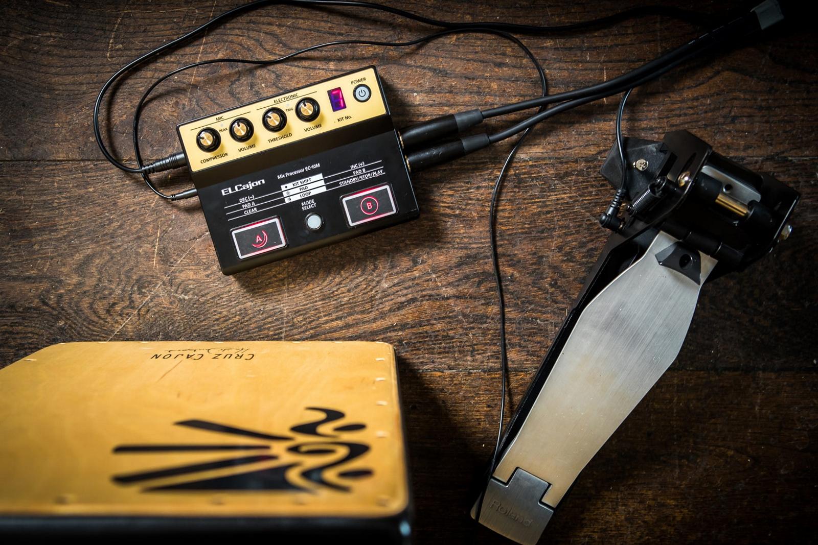 Roland Ec 10m Elcajon Mic Processor Wiring Piezo And Mag Ic Pick Up On A Volume Pot For Guitar 10melcajon