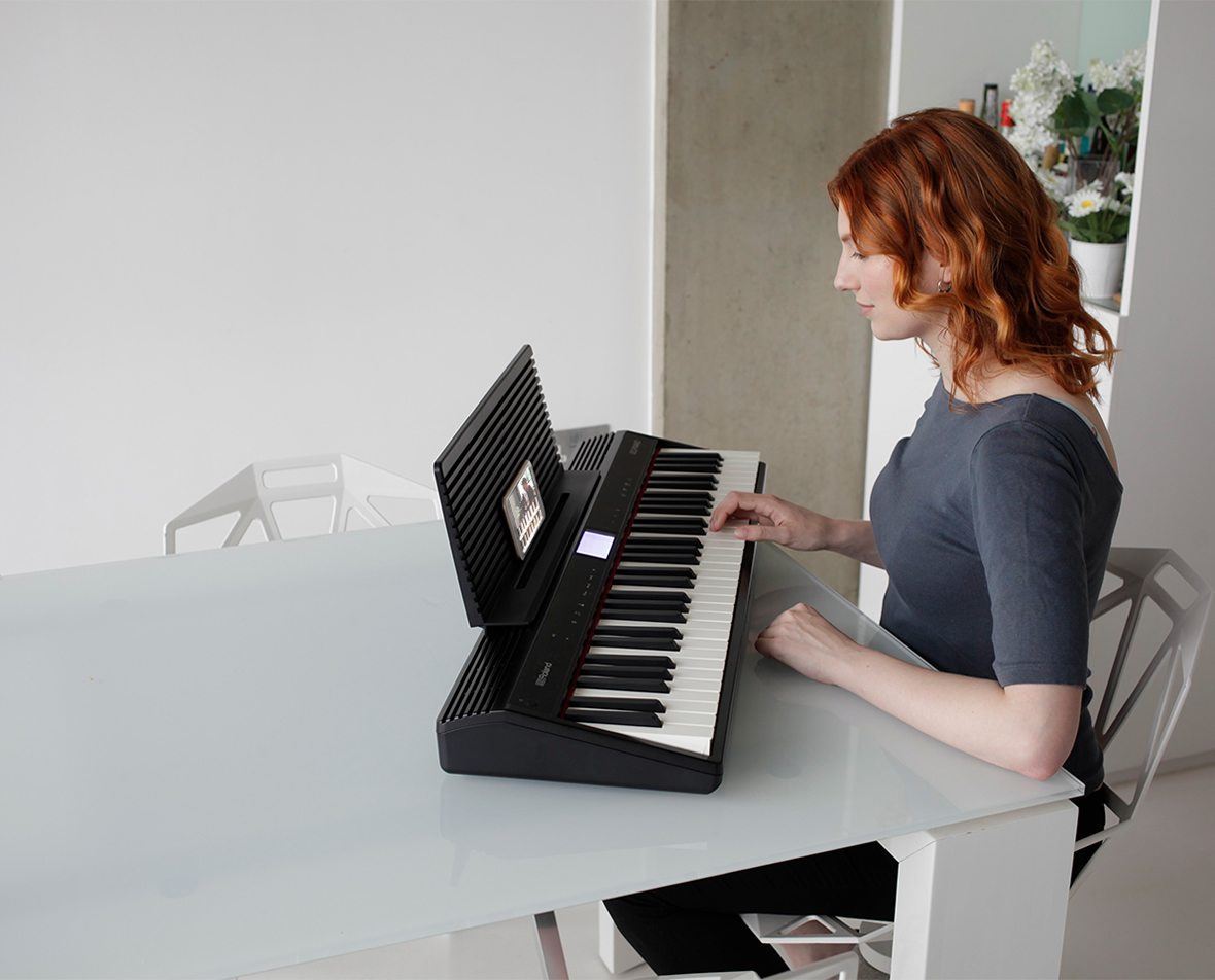 Roland Gopiano Digital Piano Go 61pc Comau Attachments Electricalwiringquestions 23638d1153994657diy Make Music On The Move With Battery Power And A Wireless Smartphone Connection