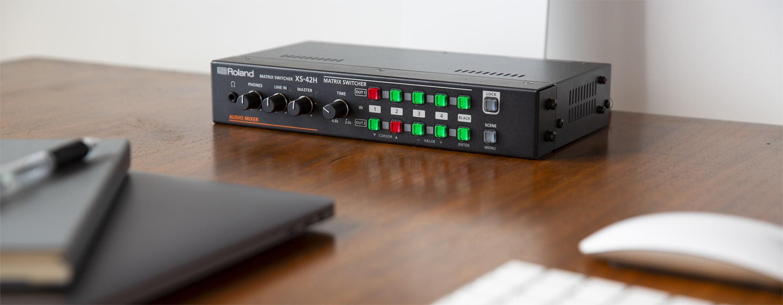 Roland Pro A/V - XS-42H | Matrix Switcher