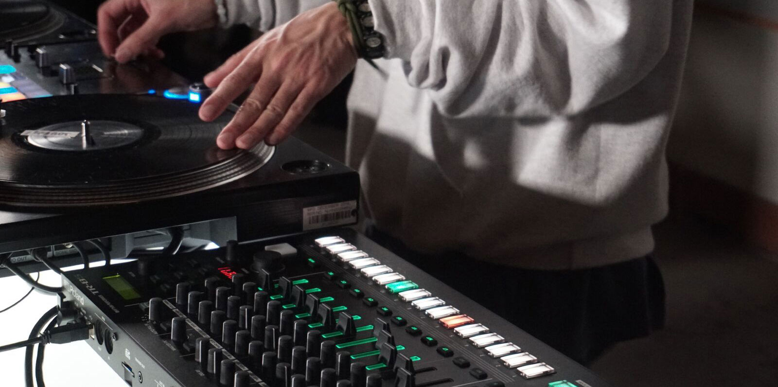 Roland - RESET THE DJ SET